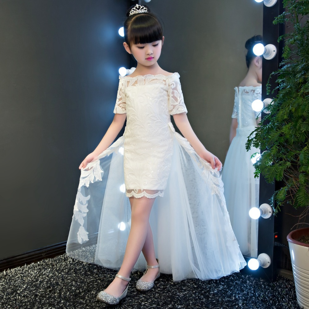 Здесь продается  Children Girl Fashion Dress Family Matching Outfits Long Trailing Ball Gown White Lace Flower Girl Dresses for Weddings Party  Детские товары