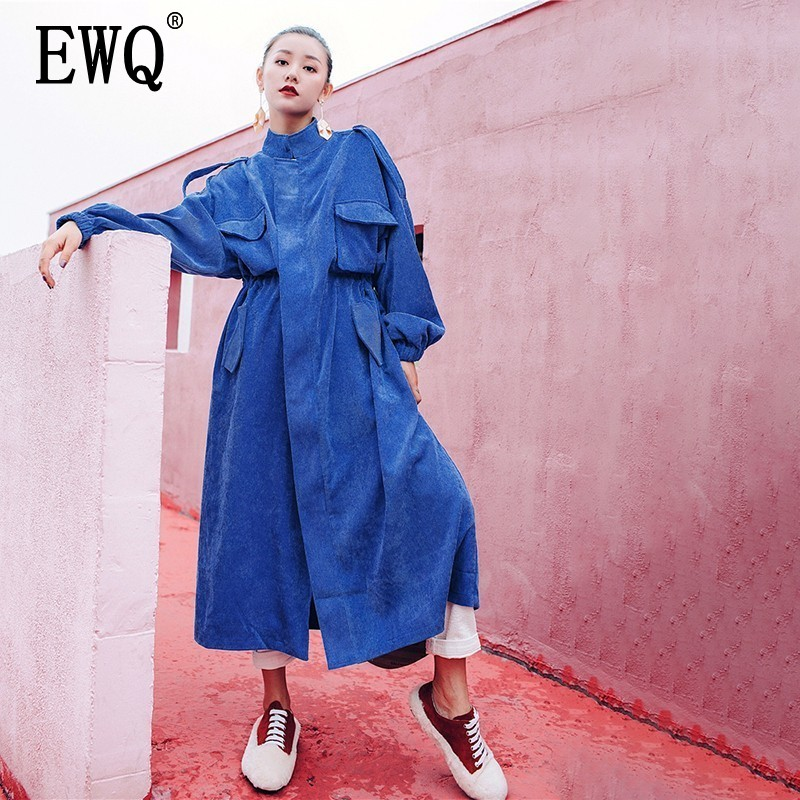 [EWQ] New Spring Autumn 2020 Fashion Long Batwing Sleeve Round Collar Solid Patchwork Pockets Vintage Windbreaker AC178