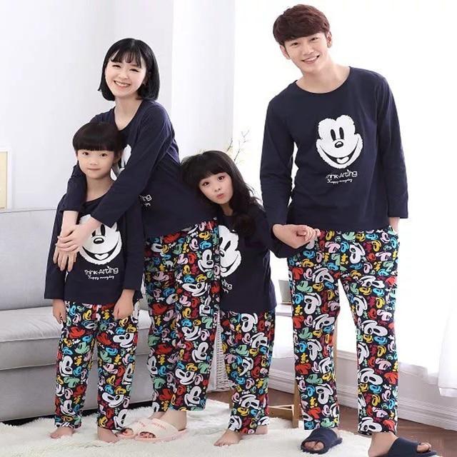 2017 Spring Pyjamas Women Mujer Cartoon Character Pajamas Sets Femme Male Long Sleeve Casual Sleepwears Homewears Pajama