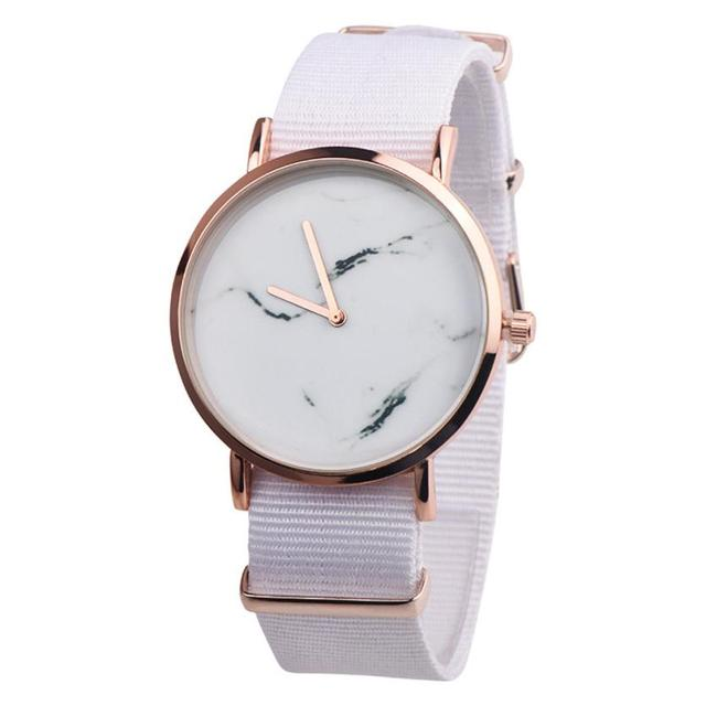 Brand Fashion Wristwatches Women Relogio Feminino Montre Femme Bracelet Watch La