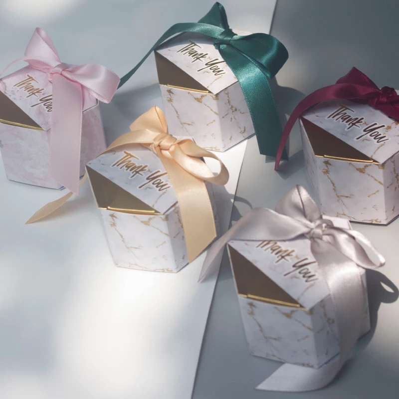 10pcs Small Gift Box Gold Foil Paper Thank You Candy Box Lovely Wedding Candy Boxes With Ribbon Party Table Decorations
