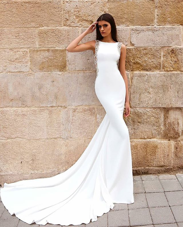 2019 Crystal Design Mermaid Wedding Dress Satin Simple