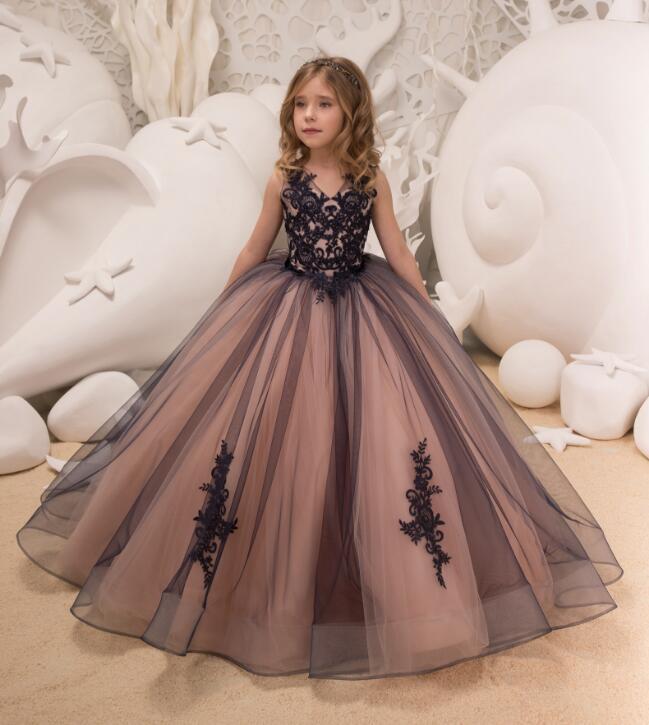 купить Black Flower Girl Dresses for Wedding V Neck Floor Length Satin Tulle Ball Gown Kids Wedding Party Dresses недорого