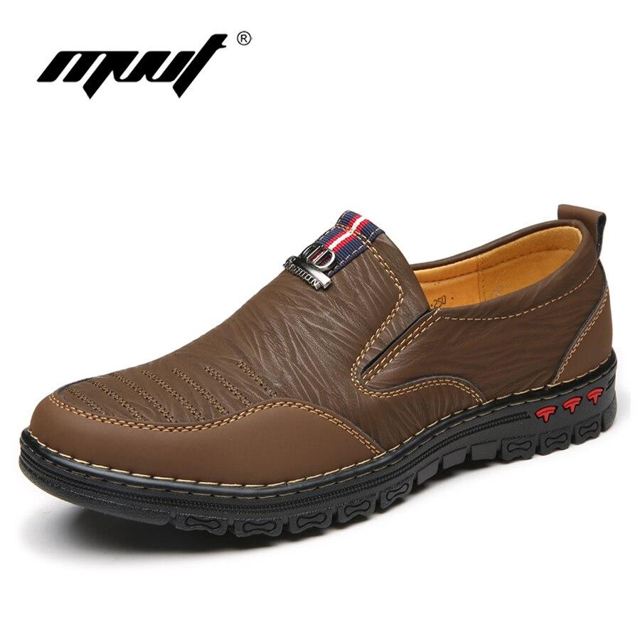 2018 Primavera de cuero de zapatos casuales zapatos de los hombres mocasines Slip en los zapatos de los hombres zapatos planos de los hombres cómodos zapatos de otoño zapatos de cuero zapatos mocasines de cuero