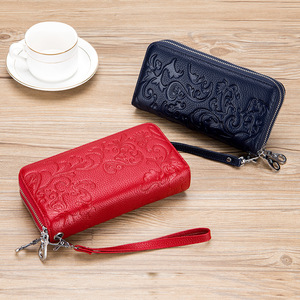 Image 4 - 2020 New Style Womens Wallet Double Zipper Purse Head Cowhide Leather RFID Anti Radio Frequency Scanning Wristband Clutch Bag