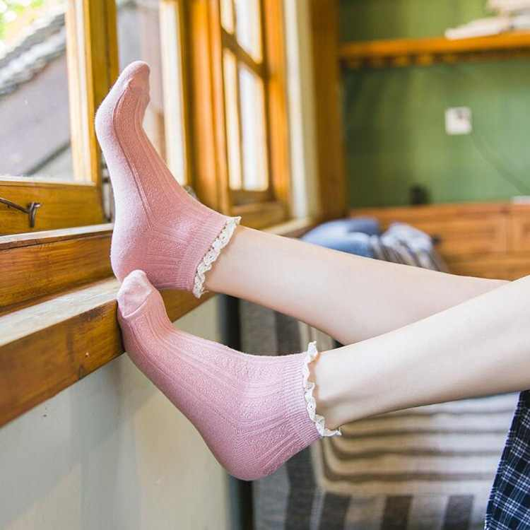 Spring Lace Ruffles Socks Cotton Ankle Lovely Frilly Edge Girls' Women Socks Sweet Casual Short Tube Lady Vintage Ship Socks