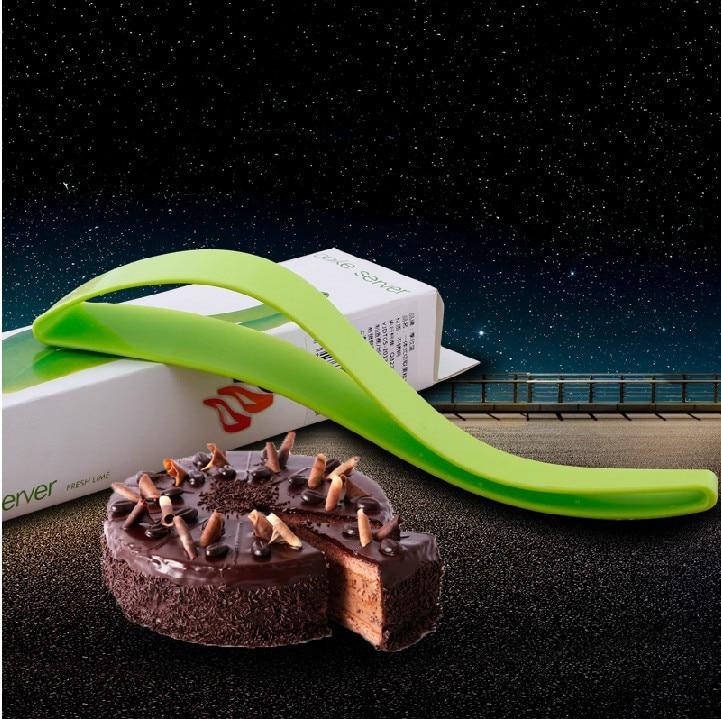 생일 케이크 베이킹 용품 컷 원피스 컷 케이크 나이프 케이크 커터 식품 등급 재료 오븐용 접시 주방 도구