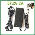 67.2V2A 67.2 V 2A carregador de bateria li-ion para o Carrinho de Mão Elétrico auto balanceamento monociclo scooter XLRF XLR 3 recarregador Freeshipp