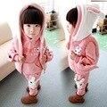Anlencool 2017 Niñas suéter de tres piezas de la versión Coreana de la nueva ropa de los niños los niños de invierno traje Dongkuan pequeño conejo