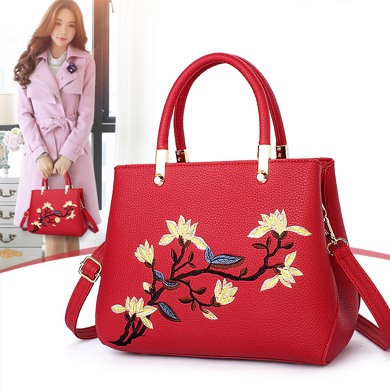 Women Bag 2017 New Bags Women's Korean Stereotypes Fight Color Fashion Female Package Messenger Shoulders Handbags