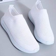 Women White Sneakers Female knitted Vulcanized Shoes Casual Slip On Flats Ladies Sock Shoes Trainers Summer Tenis Feminino 2019