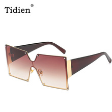 Luxury Square Fashion Sunglasses Mirror Vintage Summer Driving Shades for 2019 Clear Women Brand designer
