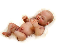 Real Touch Silicone Reborn Baby Doll Toy Lifelike High Quality Newborn Girl Babies Doll Bathe Toy Artist's Work Collectable Doll