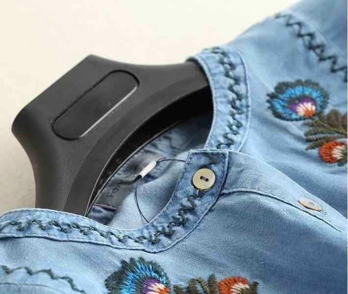 0133f65ebf4a349 ... Повседневное Цветной с цветочной вышивкой на мягкой платье из джинсовой  ткани 2018 женщина кнопку открытия с