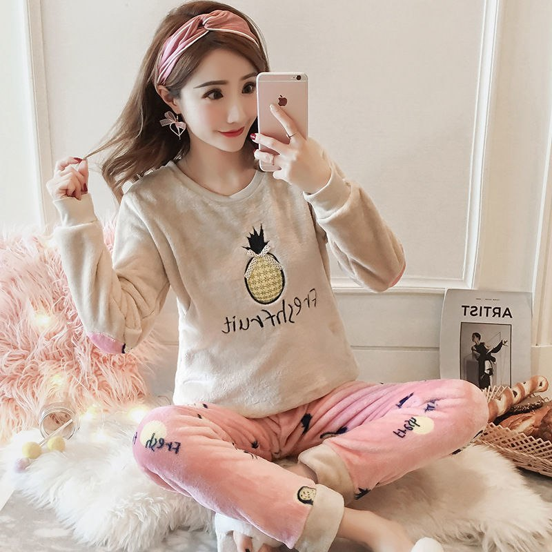 High Quality Women Pajama Sets Winter Soft Thicken Cute Cartoon Flannel Sleepwear 2 pcs/Set Tops + Warm Pants Home Clothes Mujer 95