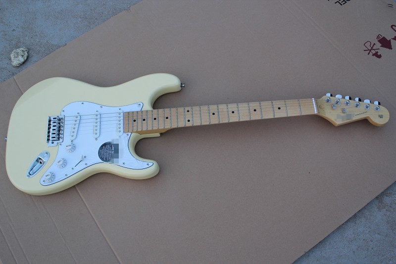In Stock ST Cream Electric Guitar, Custom Shop Accepted OEM Guitarra