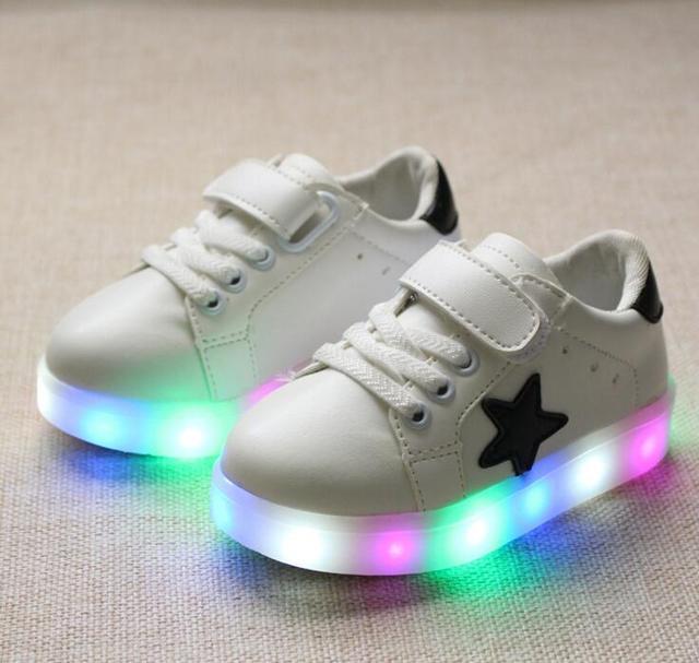 9dae3a0a1b0e2 Cztery pory roku popularnych dzieci świecące trampki wygodne dzieci zapalić  shoes casual chłopcy dziewczyny shoes led