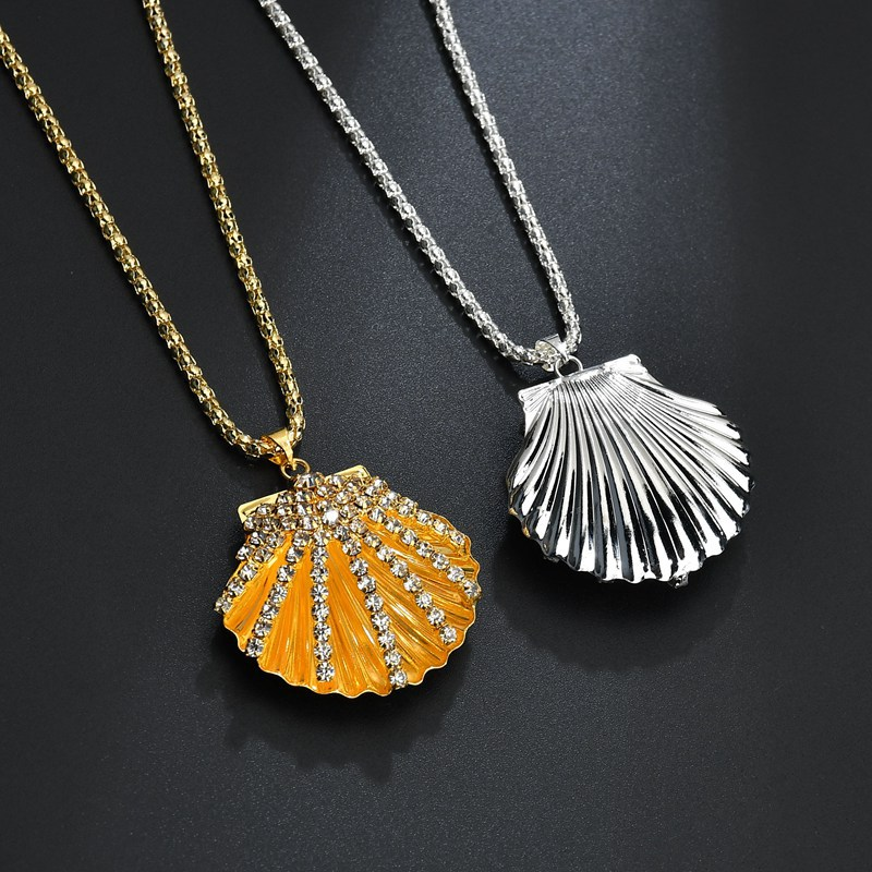 2018 Vintage Antique Brass Mermaids Sea Shell Locket Top Crystal Nautical Seashell Locket Pendant Necklace Jewelry Birthday Gift locket