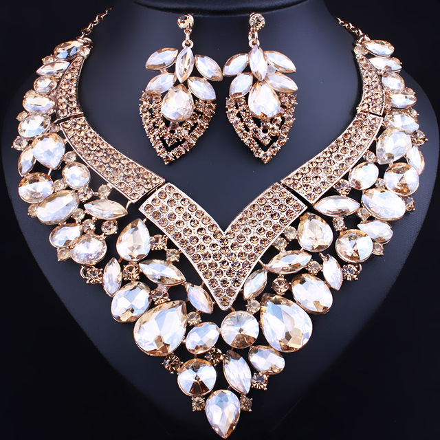 2017 New Heart Shaped Statement Necklace Earrings for Women Wedding Accessory Color Crystal Glass African Bridal Jewelry sets