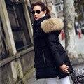 Las mujeres Chaqueta de invierno 2016 Nuevas Chaquetas de invierno de las mujeres Parkas cuello de Piel De Mapache Realmente Grande Hembra Largo abrigo parka Abajo