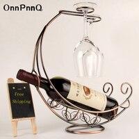 OnnPnnQ Criativo Vinho Rack de Metal Pendurado Suporte de Copo de Vinho Pirata navio Forma Wine Bar Titular 3 Cores de Decoração Para Casa Bar suprimentos