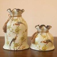 The ceramic vase American rural creative jute bag vase high end European vintage decorative handicraft items