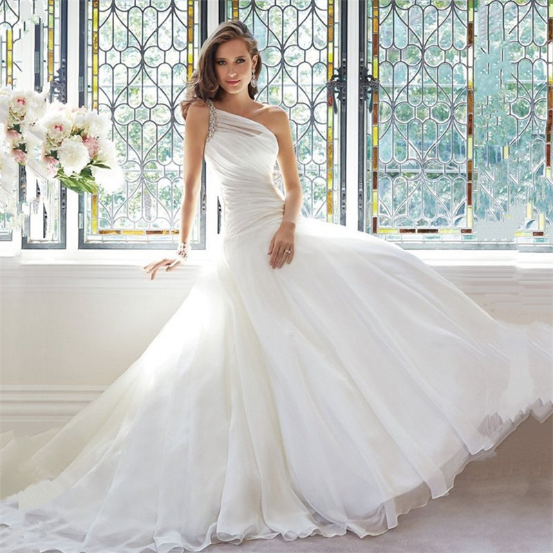Popular fitted wedding gowns buy cheap fitted wedding for Wedding dresses with ruching and dropped waist