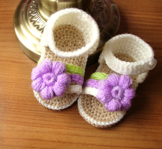 Cream crochet baby sandals handmade crocheted girl shoes with pink flower