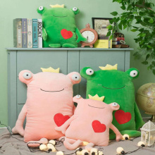 Creative Cute Crown Love Frog Pillow Plush Toy Doll Pillow Couple Love Frog Pillow Doll Sofa Home Decoration Girl Birthday Gift цены