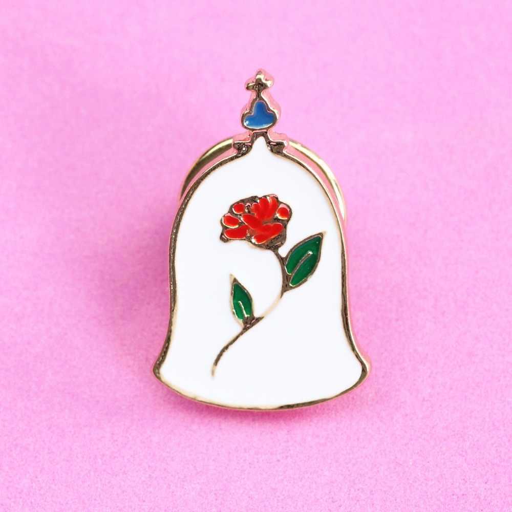 Timlee X047, broche con forma de Castillo, corazón rosa, corona, Caballo Blanco, bella y bestia, alfileres, joyería de moda al por mayor