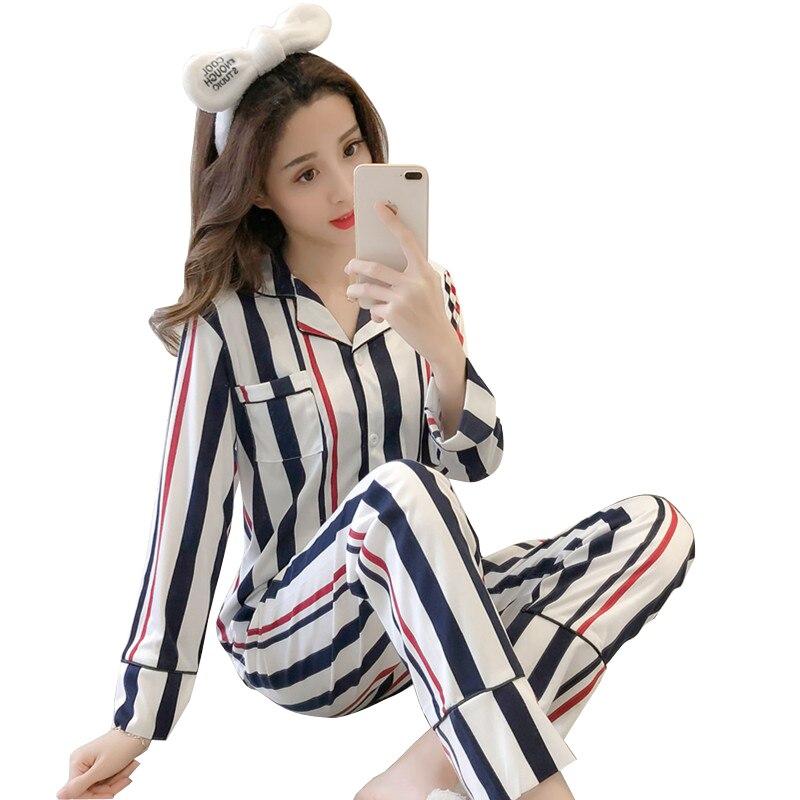 2018 New Women Pajamas Sets autumn Long Sleeve Cartoon Print Cute Sleepwear Girl Pijamas Mujer Leisure Nightgown Adult clothes