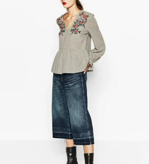 2017 Spring New Fashion Woman Grey Floral EMBROIDERED V-NECK BLOUSE Pleated Front Hem Long frilled sleeves with buttoned cuffs