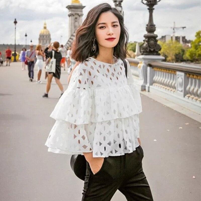 9722f6b5c 2018 Novas mulheres Cor Sólida elegante Lace Oco Out curto blusa camisas  O-pescoço manga Plissado ocasional para a Senhora Da Moda tops TT167