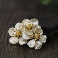 CMAJOR Natural Yellow Stone Beads Flower Brooch Jewelry Pendants Baroque Pearl Brooches For Women Bijoux Broche Femme