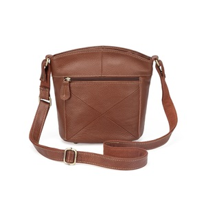 Image 3 - 100% First Layer Cowhide Genuine Leather Women Messenger Bags Female Small Shoulder Bags Vintage crossbody Bags bolsas MM2318