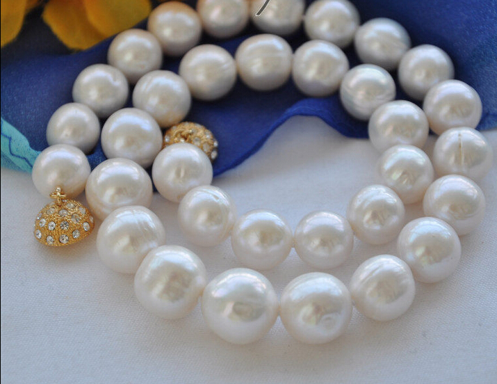 купить Hot sale Free Shipping>>>>> Big 13mm white round Freshwater cultured pearl necklace 17inch недорого