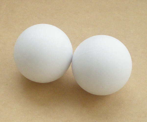 Free Shipping 2pcs/lot NEW 35mm Smooth White Foosball Table Soccer Table Ball Football Balls Baby Foot Fussball 1