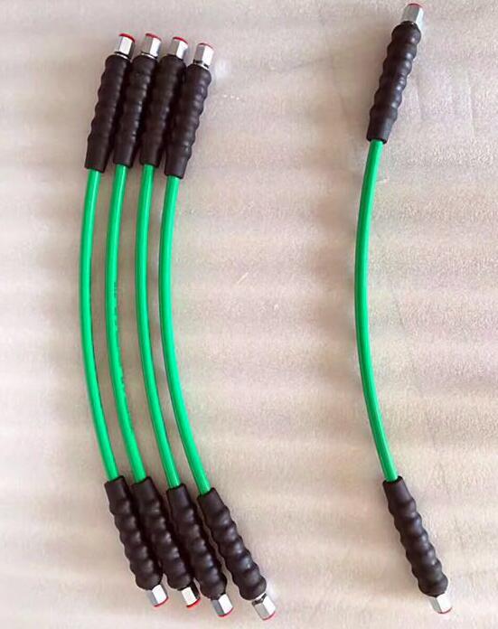 Tubo de óleo comum macio de alta pressão da tubulação 650mm 2600bar do trilho para a pressão de ruptura 6500bar comum do banco do teste do trilho