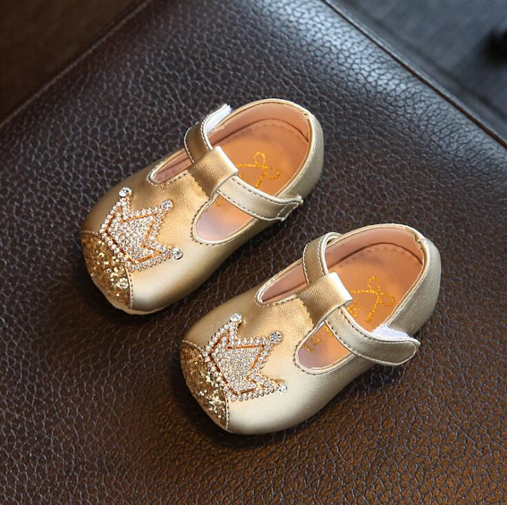 2018 autumn children s small leather shoes rhinestone crown baby princess  shoes 0-1-2 years old girls single shoes kids sneakers 7a117bc3b579
