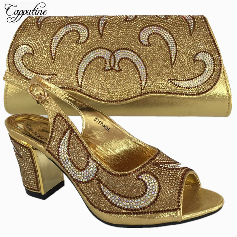 Capputine New Italian Gold Color Shoes And Purse Set Nigerian Decorated With Rhinestone Women Party Shoes And Bag Set BL735C