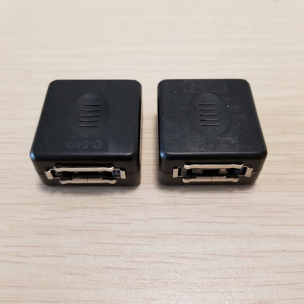 50 pcs/lot 7Pin eSATA Femelle Adaptateur à SATA Connecteur Femelle Adaptateur Carré Type Noir