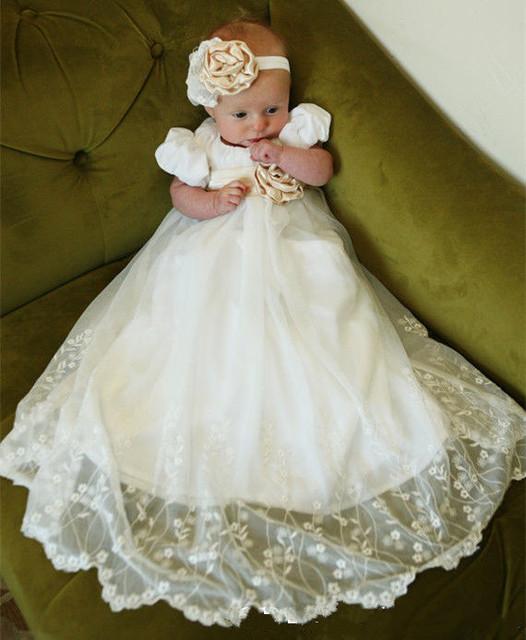 2016 Novo Bebê Infantil Meninos Meninas Batismo Batismo Vestido Lace Applique Branco Marfim Vestido Com Capota Com Cinto