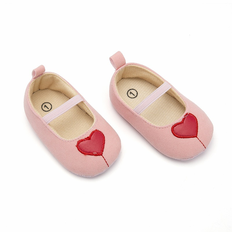 Fashion Toddler Baby Girl Soft Dot Princess Shoes Bandage Infant First Walker Prewalker New Born Baby Barefoot Shoes With heart in First Walkers from Mother Kids