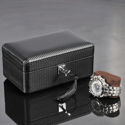 Carbon Fiber Pattern Watch Box Black PU Leather Watch Display Boxes With Lock Fashion Men/Women Storage Gift Box C032  black out watch box