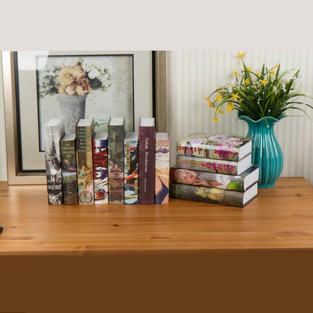 https://ae01.alicdn.com/kf/HTB1_PlSNXXXXXXuXVXXq6xXFXXX1/Aanbieding-retro-simulatie-boek-nep-decoratie-fotografie-props-boekenkast-ornamenten-fabriek-groothandel-muur-sterft-bruiloft.jpg_640x640.jpg