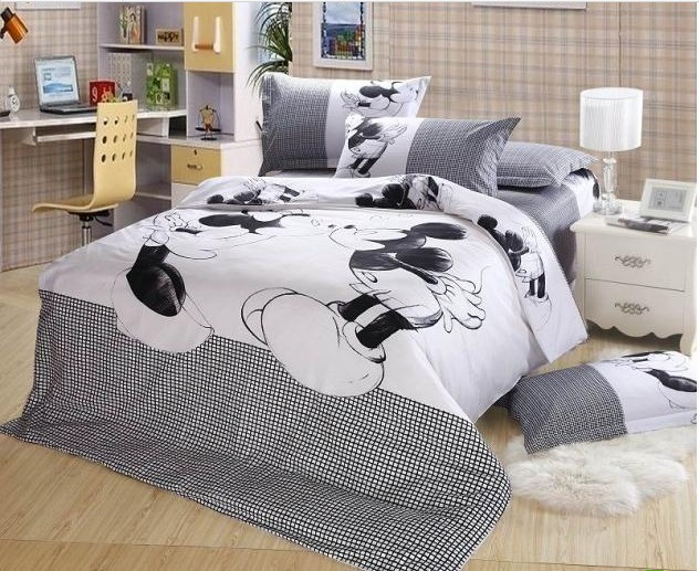Micky and minnie Bedding set Black and white Queen size