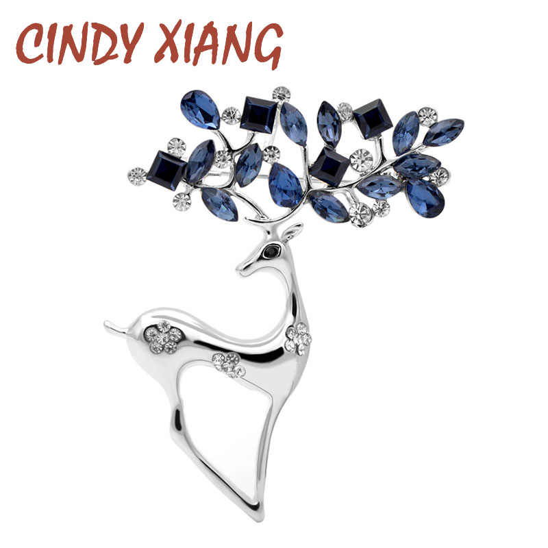 CINDY XIANG 2 Colors Available Rhinestone Deer Brooches for Women Christmas Reindeer Pins Luxury Coat Corsage Fashion Jewelry
