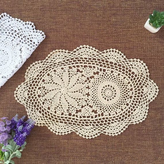 2 pcs Vintage style crocheted doilies oval chic pattern handmade ...