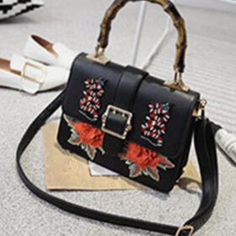 Women's handbag 2017 realer new women's bags are small square bags of vintage embroidered flowers with a shoulder - shoulder bag