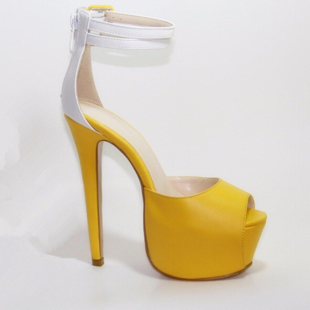 Nouveauté élégant cuir jaune et blanc à bretelles 16 cm sandales à talons hauts. Taille: 35-45